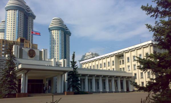Здание посольства Северной Кореи в Москве